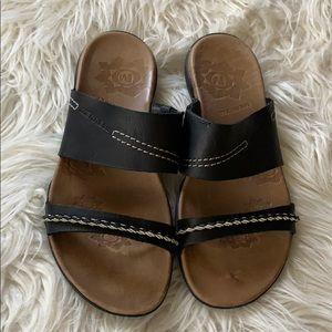 MERRLL sandals